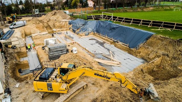 Budowa szkolnej hali sportowej w Sygneczowie pochłonie ponad 3,3 mln zł. Obiekt ma być gotowy przed końcem 2021 roku