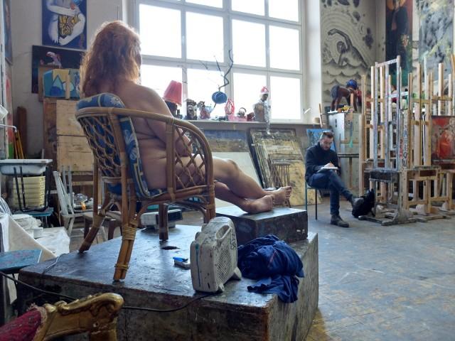 Warsztat na Akademii Sztuk Pięknych we Wrocławiu - zdjęcie ilustracyjne