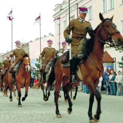 """Tradycje ułańskie w Ostrołęce podtrzymuje również drużyna harcerska """"Spirydion"""", która będzie na święcie"""