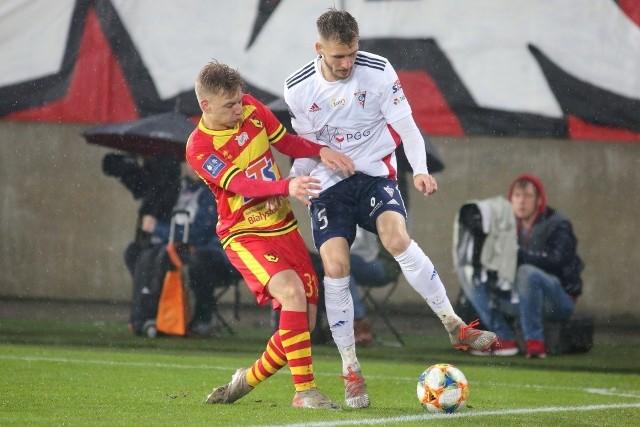 Bartosz Bida (z lewej) będzie reprezentował Jagiellonię Białystok w turnieju Canal+ Ekstraklasa Cup 2020