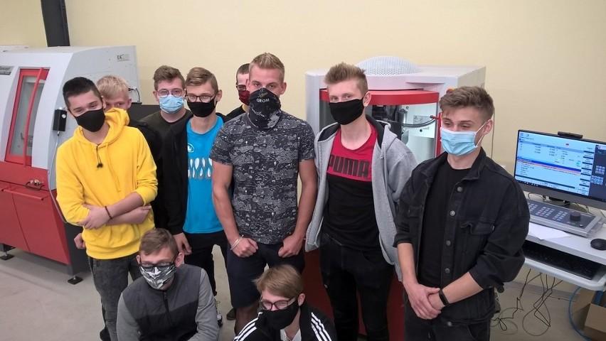 W ZSP nr 1 w Łowiczu zakończył się kurs operatorów i programistów obrabiarek CNC [ZDJĘCIA]