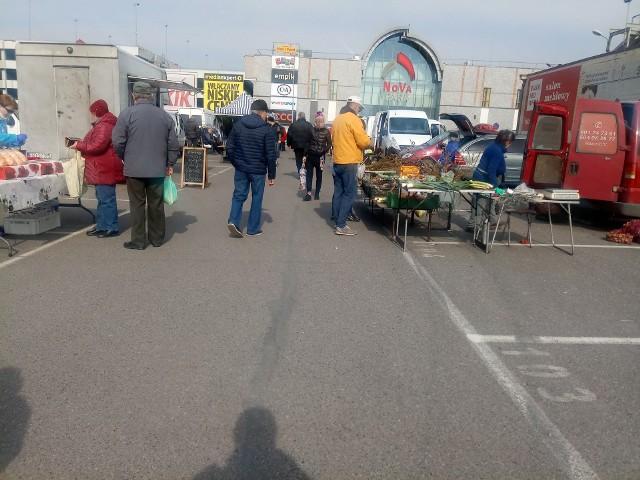 Tak było w piątek, 27 marca na ryneczku w Gorzowie.