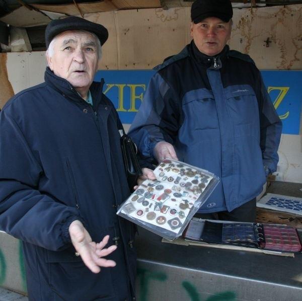Bronisław Minkiewicz i Edward Maliszewski są oburzeni podwyżką. - Drobny handel zniknie z targowisk - mówią.