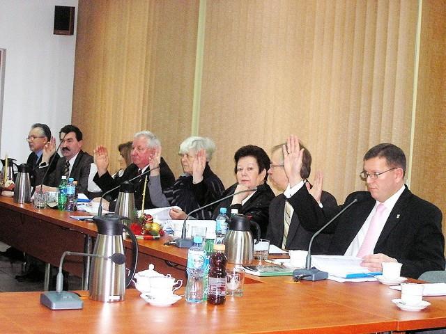 Radni w zdecydowanej większości podnieśli rękę za uchwaleniem przyszłorocznego budżetu