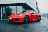 NEONET licytuje dla Wielkiej Orkiestry Świątecznej Pomocy – road tour Porsche 718 za nami