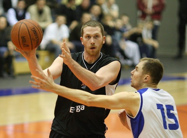 Basket Poznan - Energa Czarni Slupsk 67:65