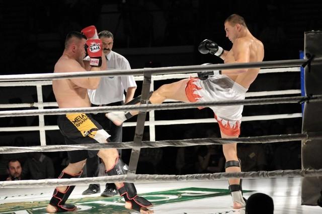 W Szczecinku dojdzie do międzypaństwowego meczu kick-boxingu wersji full contact Polska - Belgia.