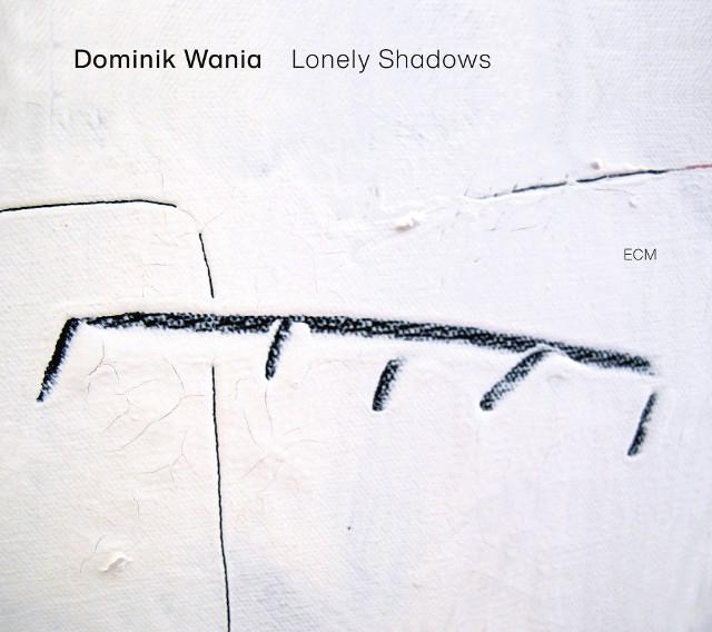 """Dominik Wania nagrał pierwszą solową płytę pt. """"Lonely shadows"""". Opowiada o niej oraz o życiu w pandemii w programie Muzotok [WYWIAD WIDEO]"""