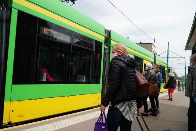 Do poważnego przestoju na trasie poznańskich tramwajów doszło w okolicach przystanku Kórnicka. Na ul. Jana Pawła II jadącą 10 uległa awarii.