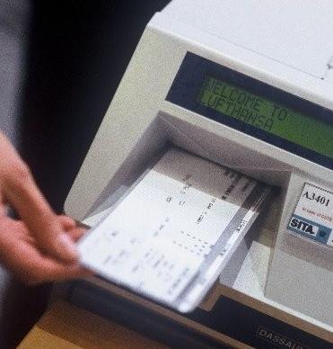 Po negocjacjach z Andrzejem Chańko, dyrektorem PKP Przewozy Regionalne, sprawa ruszyła z miejsca. Choć trwają jeszcze szczegółowe ustalenia, urząd poinformował właśnie, że według oświadczenia dyrektora, bilety w kamieńskiej kasie, będzie można kupować już od połowy czerwca.