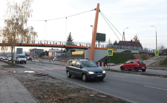 Kładka przy ulicy Szarych Szeregów, ze względów bezpieczeństwa na razie jest zamknięta dla pieszych.