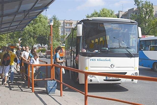 Dziś PKS-y zarabiają przede wszystkim na transporcie uczniów. Pozostałe kursy przestały się opłacać. (fot. Radosław Dimitrow)