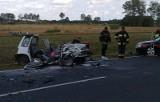 Groźny wypadek niedaleko Łodzi. Daewoo tico w ogniu [zdjęcia]