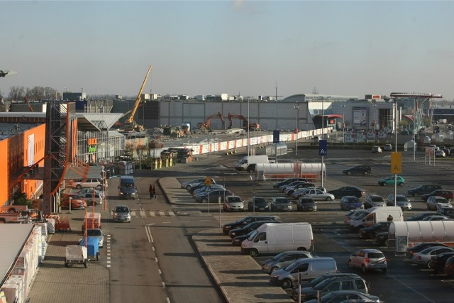 Wrocław, zakończyła się rozbiórka starej Ikei w Bielanach Wrocławskich