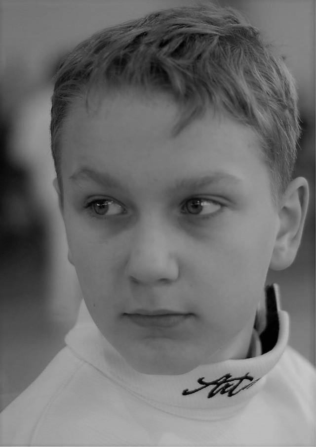 18-letni chłopiec z 14 lat