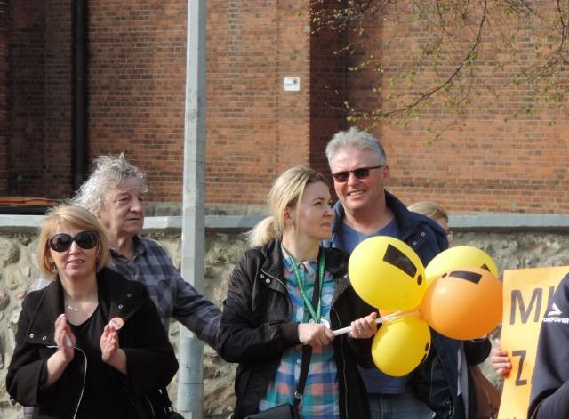 Ostrów Mazowiecka: Strajk nauczycieli 2019. Marsz poparcia przeszedł ulicami Ostrowi Mazowieckiej