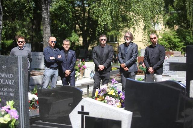 06.06.2020. Pogrzeb Piotra Rockiego.  Zobacz kolejne zdjęcia. Przesuwaj zdjęcia w prawo - naciśnij strzałkę lub przycisk NASTĘPNE