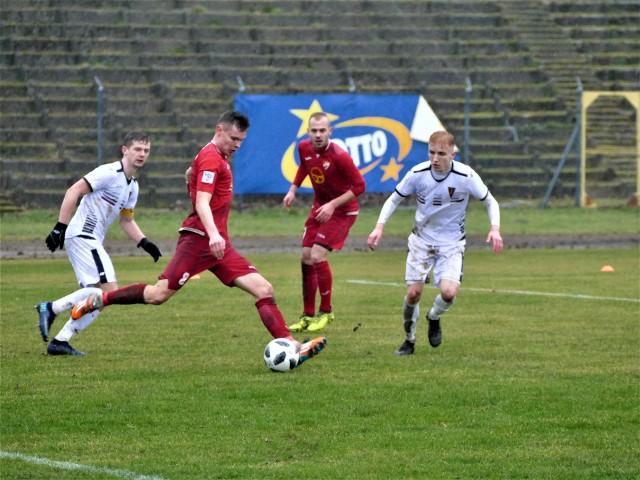 Gwardia Koszalin pokonała na swoim boisku Pogoń II Szczecin 3:0.