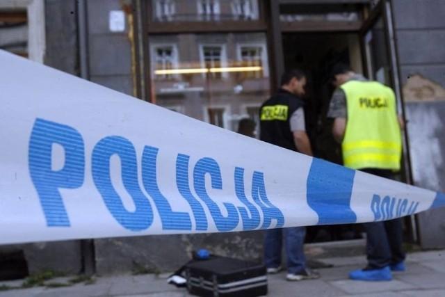 Zabójstwo w Aleksandrowie Łódzkim. 33-letnia kobieta podejrzana jest o zabicie swojego partnera nożem