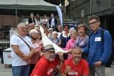 Tour de Konstytucja w Sosnowcu. Mieszkańcy mogli zapoznać się z konstytucją i posłuchać o swoich prawach