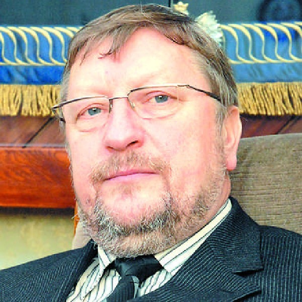 Krzysztof Sikora - przewodniczący sejmiku.