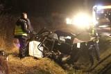 Wrocław: Śmiertelny wypadek. BMW rozpadło się na dwie części. Kierował pijany Ukrainiec