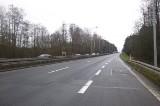 Kraków, Modlniczka. Utrudnienia na drodze krajowej nr 7. Wymieniają nawierzchnię - roboty potrwają przez miesiąc