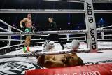"""GLORY 78. Arkadiusz Wrzosek znokautował legendę kickboxingu Badra Hariego! """"Największy comeback w historii"""" [WIDEO]"""