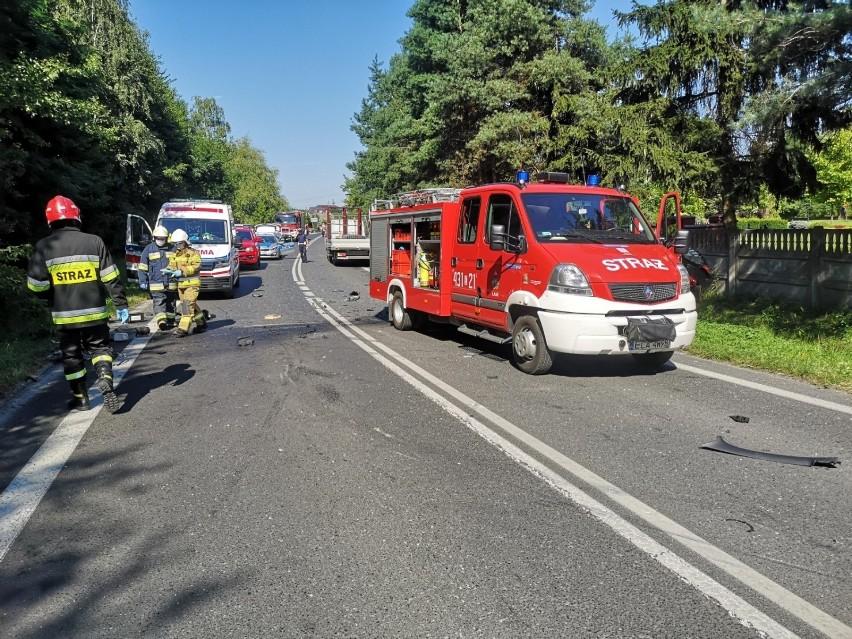 Jak informuje policja w Łasku, 22-latek kierujący oplem...