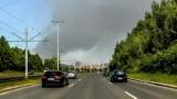 Pożar składowiska w Kutnie! Paliły się niebezpieczne odpady. WIDEO