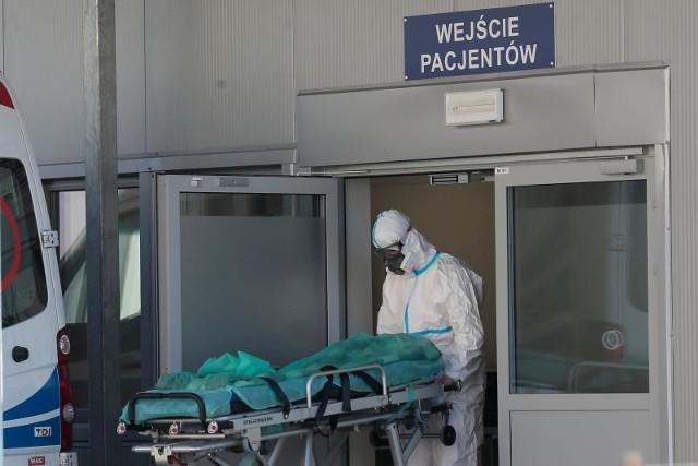 - Mamy 572 nowe i potwierdzone przypadki zakażenia koronawirusem. Najwięcej z województwa śląskiego- podał resort zdrowia.