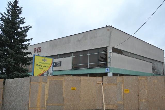 Trwa wielki remont dworca PKS w Wysokiem Mazowieckiem. Jeśli inwestycja będzie przebiegać zgodnie z planem, to mieszkańcy będą mogli korzystać z niego już w tym roku.
