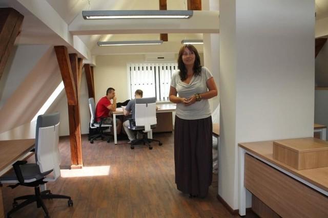 Nowa kierownik Joanna Kuliś dostała trzy miesiące na ściągnięcie firm i rozkręcenie inkubatora.
