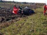 Tragiczny wypadek w Suchym Borze. Volkswagen wjechał pod pociąg. Zginął 21-letni mężczyzna