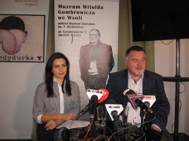 Na koncert zaprasza kierownictwo muzeum: Tomasz Tyczyński i Ewa Witkowska.