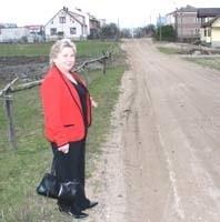 Czy tak powinna wyglądać ulica znajdująca się niemal w centrum miasta - pyta Halina Kłoczko