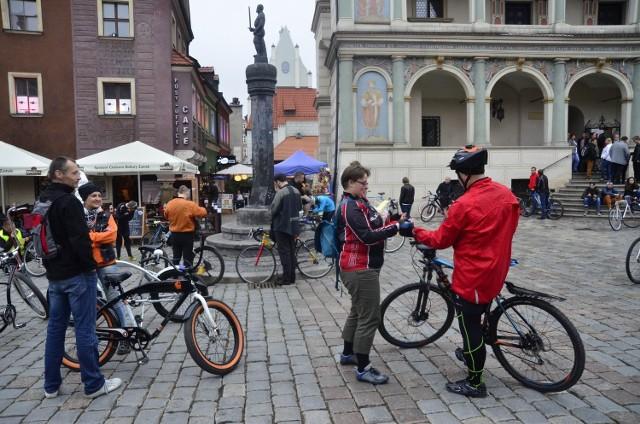 Masa Krytyczna: Rowerzyści domagają się miejsca na jezdni [ZDJĘCIA]