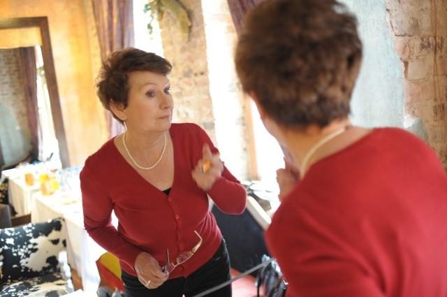 Pani Dorota jeszcze niedawno nie potrafiła spojrzeć w lustro. Teraz jest zupełnie inaczej.