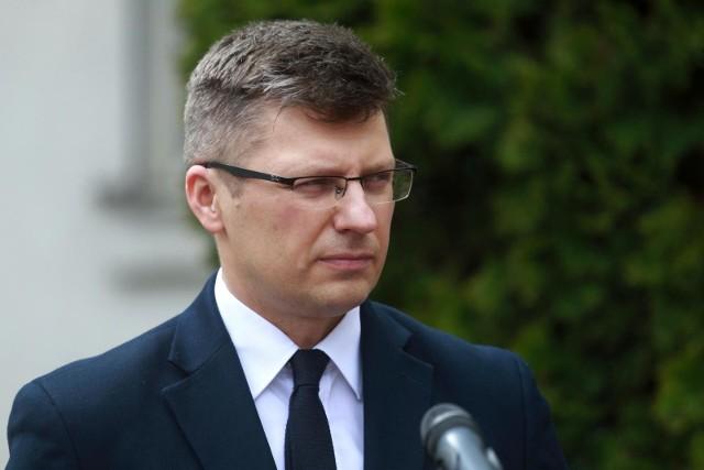 """Wiceminister borni ustawy PiS dot. mandatów. """"Wracamy do cywilizowanych reguł"""""""