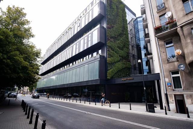 Bytomska pracownia nominowana do prestiżowej nagrody. Chodzi o projekt warszawskiego Hotelu Nubu .Zobacz kolejne zdjęcia. Przesuwaj zdjęcia w prawo - naciśnij strzałkę lub przycisk NASTĘPNE