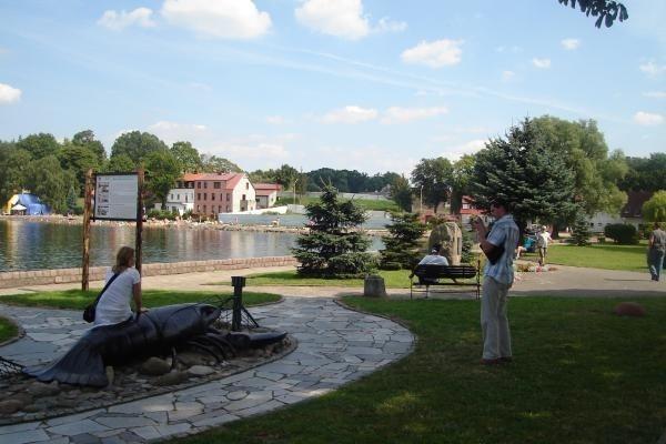 Na nowej promenadzie w Ińsku powstaną m.in. pomosty, fontanna i plac zabaw