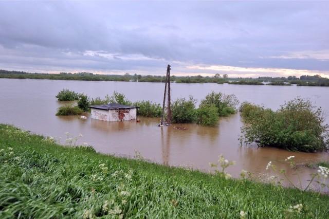 Finansowanie obejmie między innymi usuwanie skutków zdarzeń naturalnych (powodzi, pożarów, suszy) i awarii (zdarzeń wynikających z działalności człowieka)