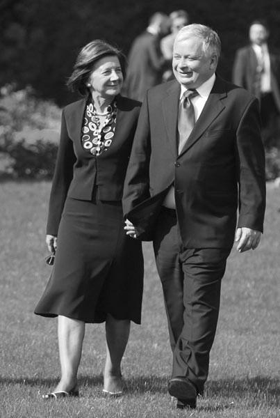 Prezydent Lech Kaczyński i jego żona Maria zginęli w katastrofie rządowego samolotu.