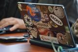 Białostocki sąd zajmie się sprawą trzech hakerów oskarżonych o włamania na konta i kradzież ponad 1,6 mln zł
