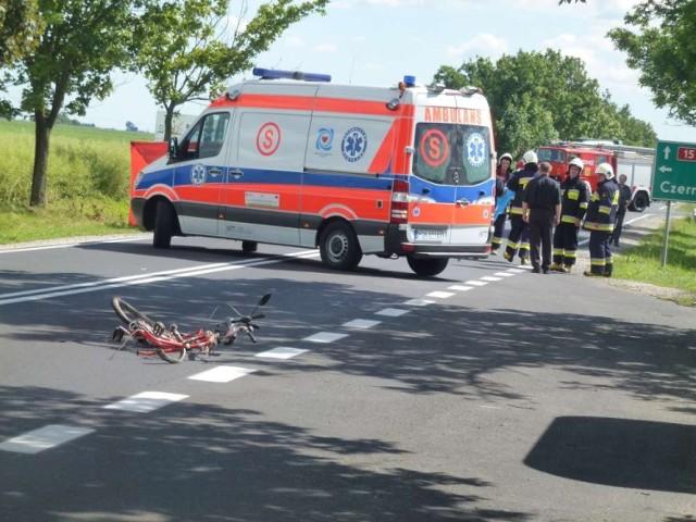 Wypadek w Szczytnikach Czerniejewskich: Nie żyje rowerzysta