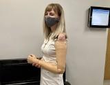Ukrainka Alona straciła rękę, bo wciągnął ją magiel. Maszyna nie miała zabezpieczeń. Pracodawca z Lubonia został skazany