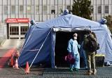 Koronawirus: Włochy zamkną wszystkie szkoły do połowy marca. Ma to pomóc w zduszeniu epidemii