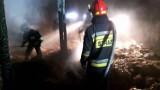 Rybnik: Po pożarze stodoły na ziemi została sterta azbestu. Kto to posprząta?