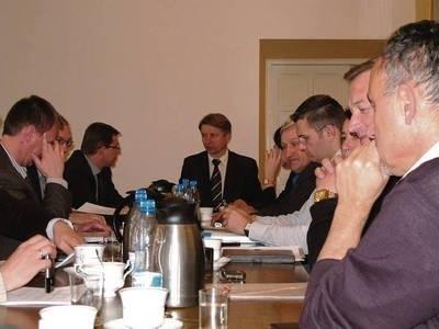 Obrady Rady Społecznej, podczas których dyrektor Adam Styczeń zaprezentował plan inwestycyjny szpitala na ten rok. Fot. Maciej Hołuj