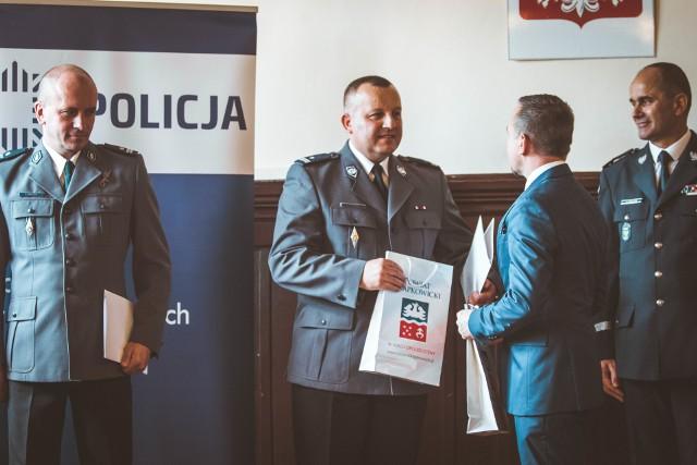 Tak witany był podinspektor Józef Chudoba w październiku 2019 r., gdy obejmował stanowisko komendanta policji w Krapkowicach. Teraz je stracił.